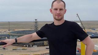 Αυτός είναι ο άνδρας που υποτίθεται ότι κρατούσε αρκούδα για 30 μέρες στη φωλιά της - Όλη η αλήθεια
