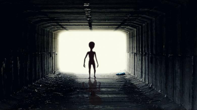«Αν μας έστελναν μήνυμα εξωγήινοι, τι θα απαντούσατε;»: Οι επιστήμονες ζητούν τη γνώμη του κοινού
