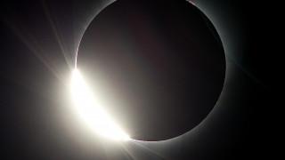 Σήμερα η ολική έκλειψη Ηλίου