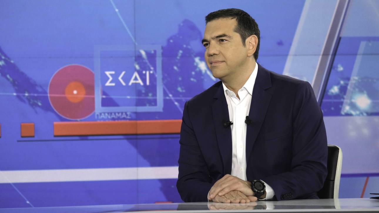 """«Ποταμός» ο Αλέξης Τσίπρας στη συνέντευξη στον ΣΚΑΪ με «καρφιά» σε Κοσιώνη: """"Δεν θα σας κάνουμε τη χάρη να γυρίσουμε στο 3%"""" (VIDEO)"""