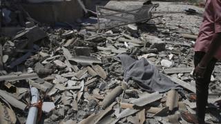 Λιβύη: Οι δυνάμεις του Χάφταρ βομβάρδισαν το αεροδρόμιο της Τρίπολης