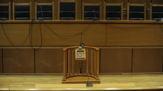 Έγκλημα στο Αιγάλεω: «Καταπέλτης» η εισαγγελέας για τη φερόμενη συζυγοκτόνο