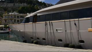 Σίφνος: Προσάραξε θαλαμηγός με οκτώ επιβαίνοντες – Τραυματίστηκε 62χρονος στο κεφάλι