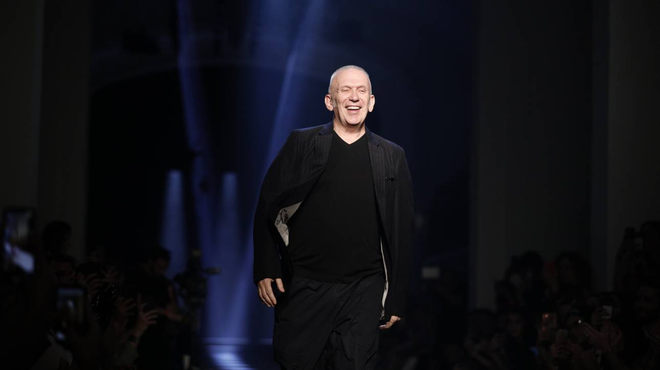 Jean Paul Gaultier: «Η σπατάλη στον κόσμο της μόδας είναι γελοία»