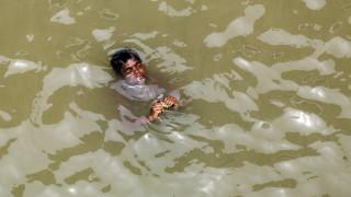 Ινδία: Πρωτοφανές κύμα καύσωνα με 50άρια και δεκάδες νεκρούς