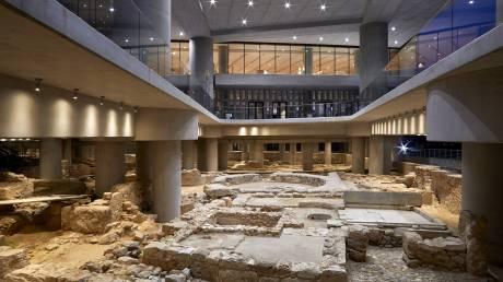 Περπατώντας στην αρχαία γειτονιά του Μουσείου Ακρόπολης