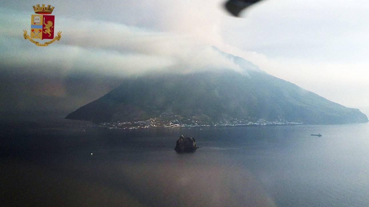 Ιταλία: Η στιγμή της φονικής έκρηξης στο ηφαίστειο Στρόμπολι