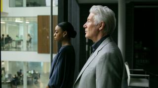 Ο Ρίτσαρντ Γκιρ κάνει στα 70 του το τηλεοπτικό του ντεμπούτο – Και είναι εξαιρετικός