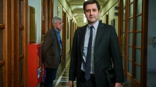 Χουλιαράκης: Υψηλό δημοσιονομικό κόστος από τις μειώσεις φόρων της ΝΔ