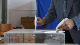 Εκλογές 2019: Άνοιξαν οι κάλπες - Όλα όσα πρέπει να γνωρίζετε
