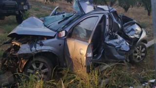 Λάρισα: Σοκάρουν οι φωτογραφίες από το τροχαίο με τους δύο νεκρούς