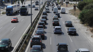 Συνεχίζεται η ταλαιπωρία για τους οδηγούς: Πού εντοπίζονται τα μεγαλύτερα προβλήματα