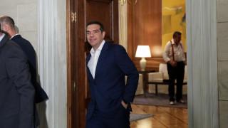 WSJ: Ο Τσίπρας πρέπει να επινοήσει εκ νέου τον εαυτό του μετά την ήττα του στις εκλογές