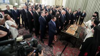 Η ορκωμοσία της νέας κυβέρνησης και η παράδοση-παραλαβή των υπουργείων (liveblog)