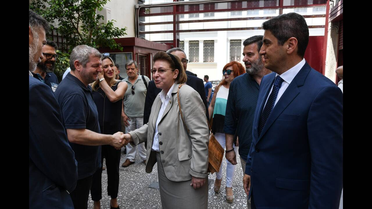 https://cdn.cnngreece.gr/media/news/2019/07/09/183843/photos/snapshot/4849654.jpg
