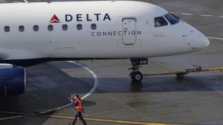 Άρχισαν να προσεύχονται: Λαχτάρισαν οι επιβάτες που είδαν τον κινητήρα να διαλύεται εν πτήσει