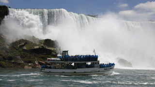 Καναδάς: Άνδρας πήδηξε στους καταρράκτες του Νιαγάρα και επέζησε