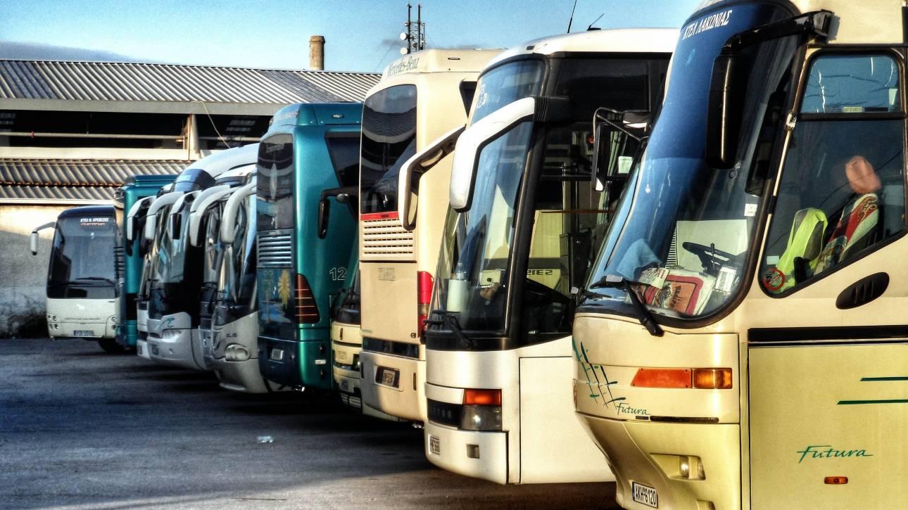 Κρήτη: Εισπράκτορας αποβίβασε από λεωφορείο 15χρονο γιατί του έλειπαν 10 λεπτά για εισιτήριο