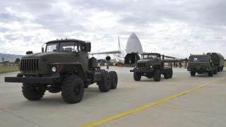 Οι πρώτες εικόνες από την άφιξη των S-400 στην Τουρκία