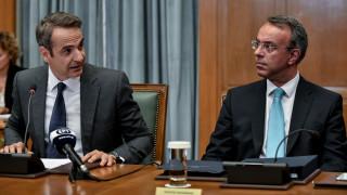 Μητσοτάκης και Σταϊκούρας θέτουν επί τάπητος το νέο φορολογικό