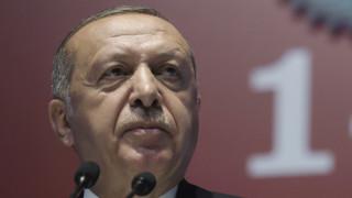 FAZ:  Μυστήριο γιατί ο Ερντογάν συμφώνησε στην επιζήμια αγορά των S-400