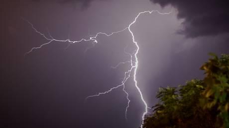 Έκτακτο δελτίο καιρού: Αναμένονται μεγάλα ύψη βροχής τις επόμενες ώρες - Σε ετοιμότητα η Πυροσβεστική