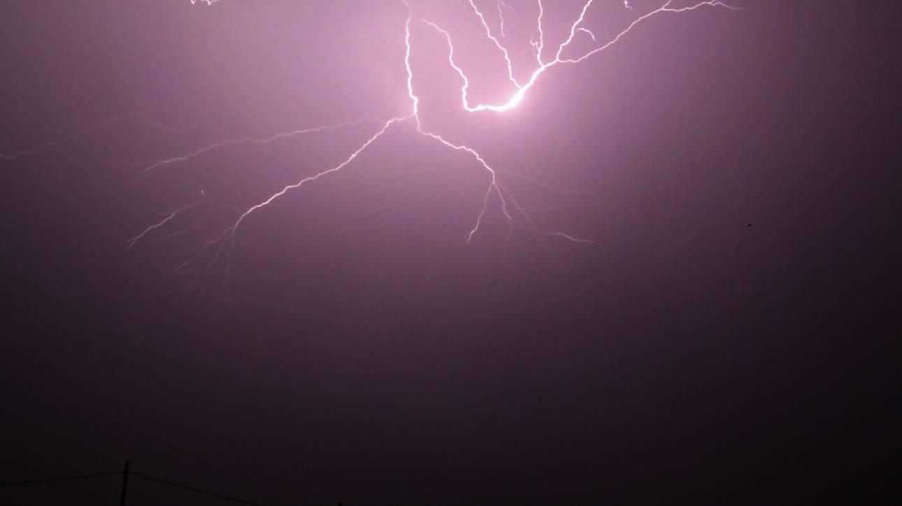 Κέρκυρα: Κεραυνός σε υποσταθμό της ΔΕΗ - Στο σκοτάδι πολλές περιοχές