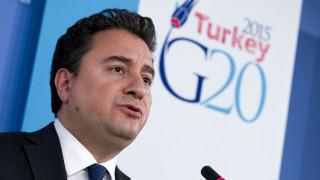 Ο νέος «πονοκέφαλος» του Ερντογάν λέγεται Αλί Μπαμπατζάν και είναι πρώην συνεργάτης του