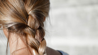 Κύπρος: 23χρονος κυκλοφορούσε με ψαλίδι και... έκοβε μαλλιά γυναικών εδώ και δύο χρόνια