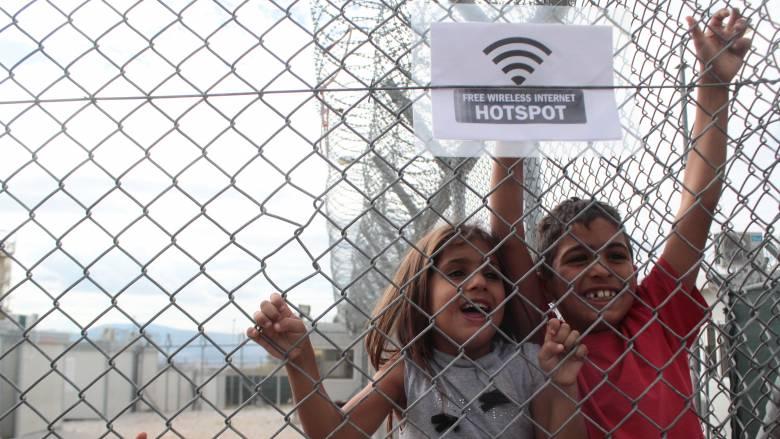 Το δράμα των ασυνόδευτων προσφυγόπουλων - Γιατί εστιάζει εκεί το Μαξίμου