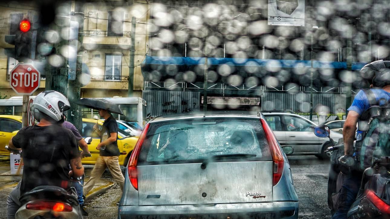 Καιρός: Συνεχίζονται οι καταιγίδες την Τετάρτη - Πού θα «χτυπήσουν»