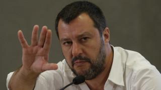 Απογραφή των Ρομά με στόχο την απομάκρυνσή τους ζητά ο Σαλβίνι