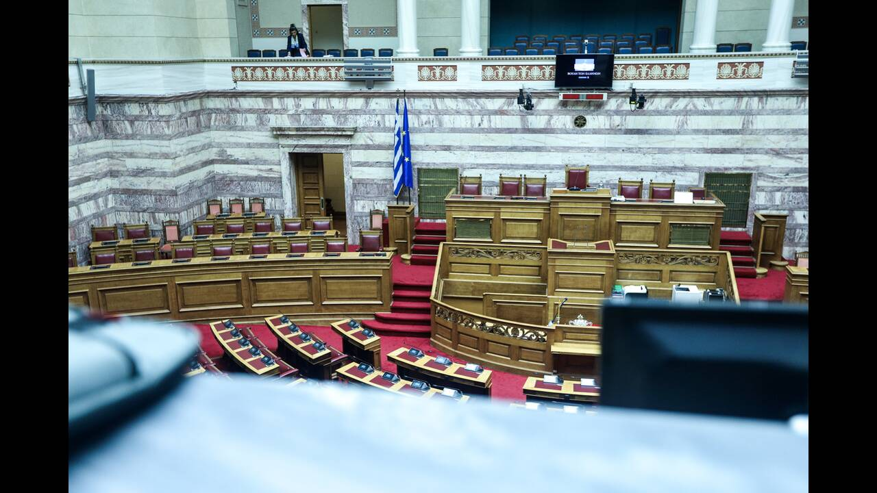 https://cdn.cnngreece.gr/media/news/2019/07/17/184663/photos/snapshot/4855610.jpg