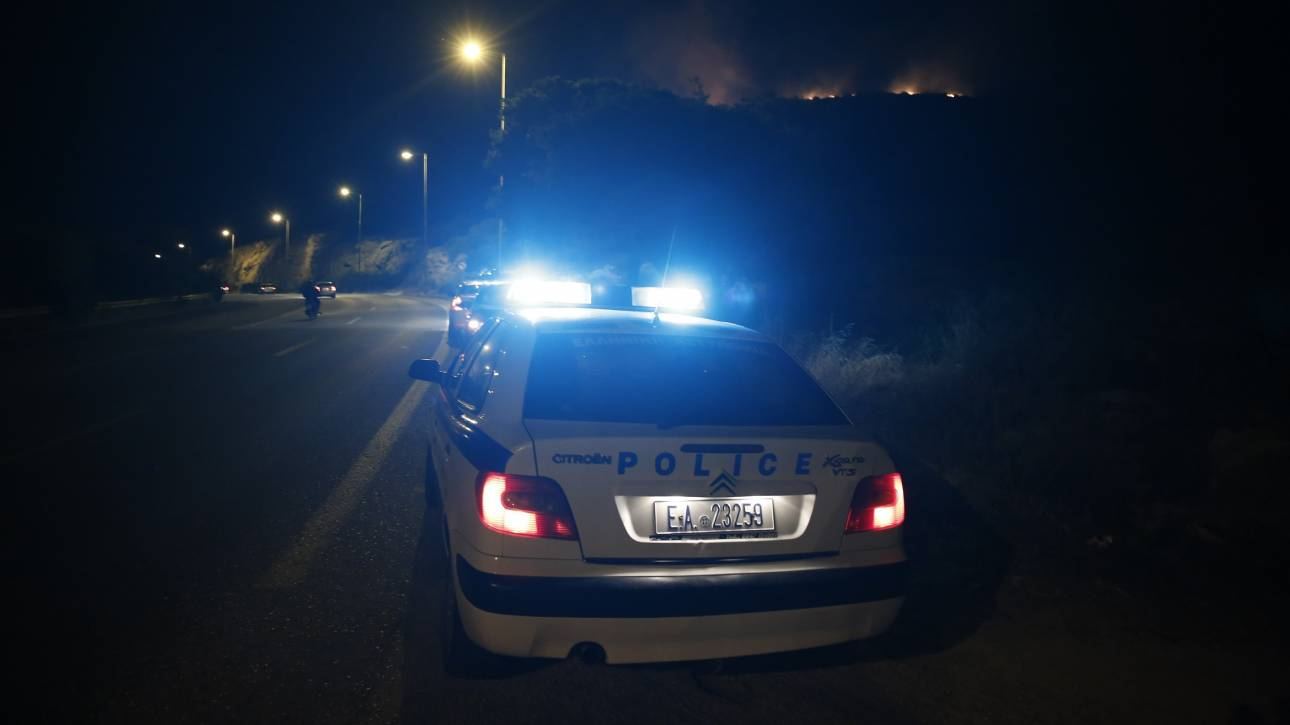 Νύχτα έντασης στη Θεσσαλονίκη: Πυροβολισμοί και εμβολισμός περιπολικού