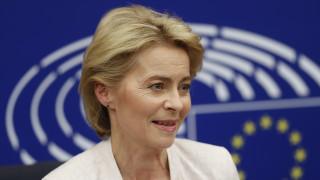 «Δεν θέλουμε ένα σκληρό Brexit» διαμηνύει η Ούρσουλα φον ντερ Λάιεν