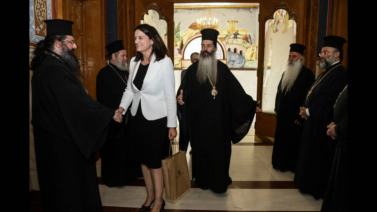 https://cdn.cnngreece.gr/media/news/2019/07/19/184873/photos/snapshot/4856483.jpg