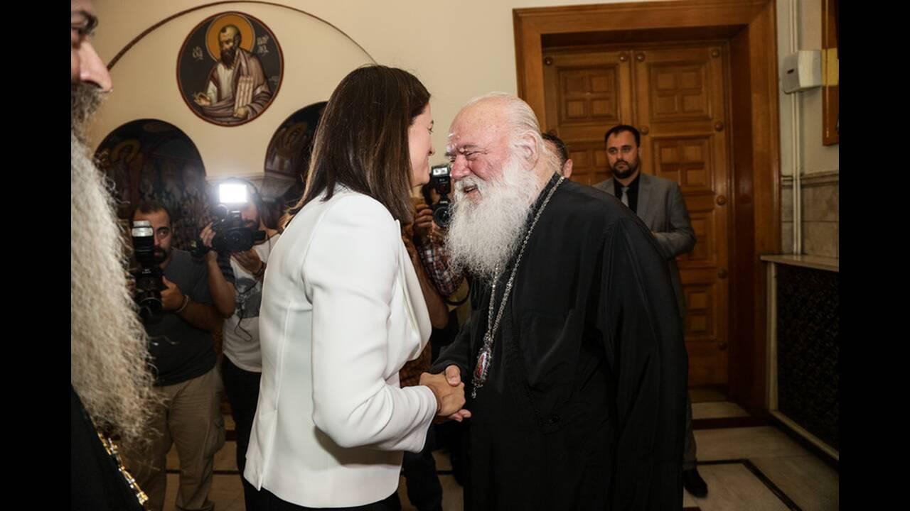https://cdn.cnngreece.gr/media/news/2019/07/19/184873/photos/snapshot/4856491.jpg