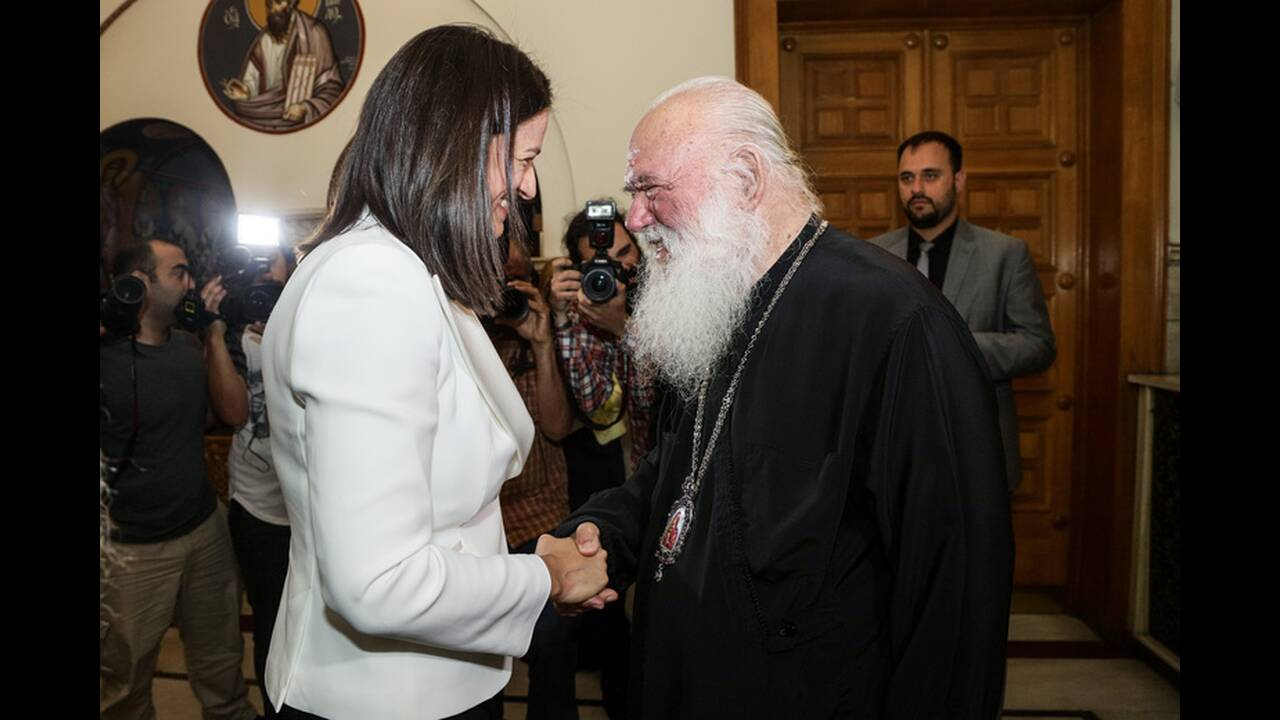 https://cdn.cnngreece.gr/media/news/2019/07/19/184873/photos/snapshot/4856493.jpg