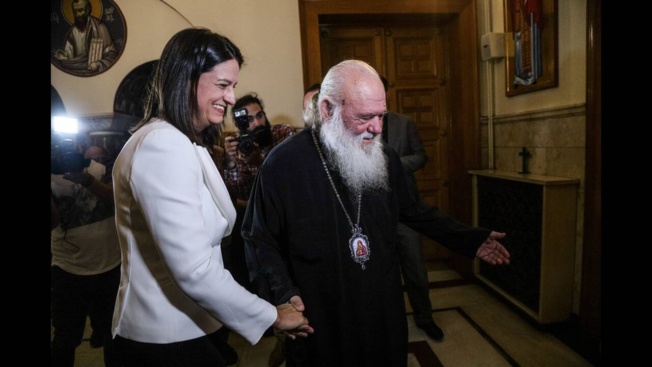 https://cdn.cnngreece.gr/media/news/2019/07/19/184873/photos/snapshot/4856495.jpg