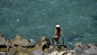 Καιρός για παραλία: Πού θα σημειωθούν οι υψηλότερες θερμοκρασίες