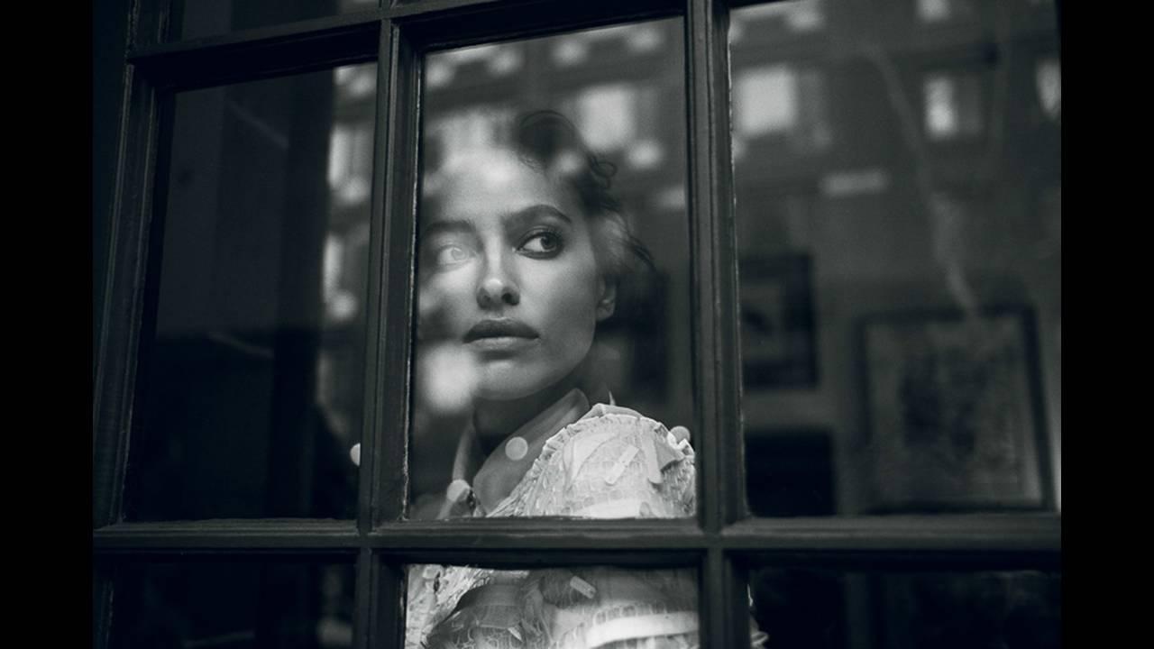 https://cdn.cnngreece.gr/media/news/2019/07/21/185035/photos/snapshot/Vogue-Turkey-February-2016-Irina-Shayk-by-Norman-Jean-Roy-8.jpg