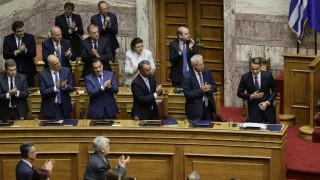Προγραμματικές δηλώσεις: Πήρε ψήφο εμπιστοσύνης η κυβέρνηση με 158 «ναι»