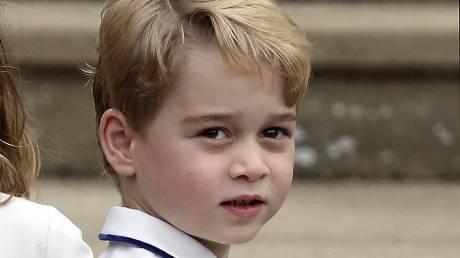 Ο πρίγκιπας Τζορτζ κλείνει τα έξι με τη φανέλα της Αγγλίας