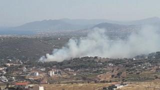 Φωτιές σε Ραφήνα και Βαρνάβα