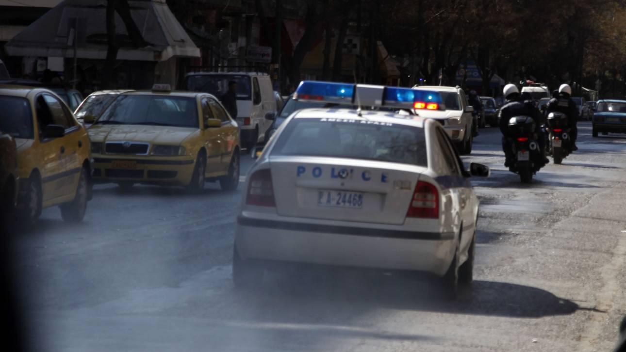 Κινηματογραφική καταδίωξη στο Μενίδι με τρεις τραυματίες αστυνομικούς