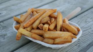 Σκηνές πανικού σε εστιατόριο: Άνοιξε πυρ γιατί ήταν κρύες οι πατάτες της