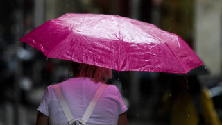 Καιρός: Ετοιμαστείτε για βροχές και καταιγίδες - Πού θα χτυπήσει η κακοκαιρία τις επόμενες ώρες