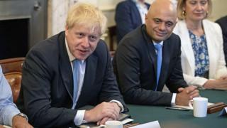 «Υπουργική σφαγή»: Στροφή προς τα δεξιά με ορκισμένους Brexiteer κάνει ο Μπόρις Τζόνσον