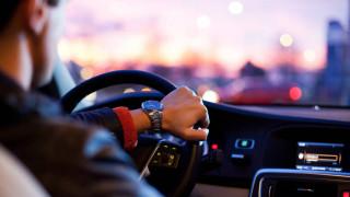 Διπλώματα οδήγησης: Παράταση στις άδειες για τους οδηγούς άνω των 74 ετών