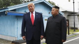 Βόρεια Κορέα: Οι πύραυλοι, το «θερμό» επεισόδιο και η εύθραυστη διπλωματία του Τραμπ